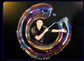 Шоу мыльных пузырей на мероприятие